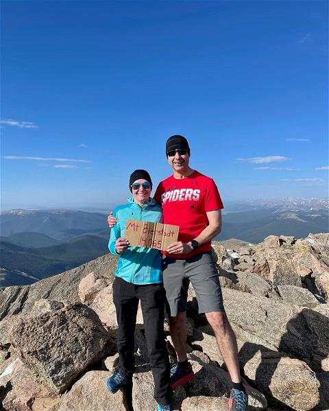 @urichmondrobins Dean Mickey Quiñones is taking #SpiderSpotting to new heights after he showed off his #SpiderPride at 14,065 feet on Mt. Bierstadt in Colorado last month. 🕷️❤️💙⛰️