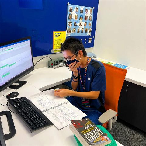 UH OH! Looks like we caught one of crazy consultants doing hw on the job😂😂😂 he really thought we wouldn't notice. The tlc is just full of all kinds of shenanigans like this all the time 😂😂😄👍 #tlc_ur #staysilly #😋