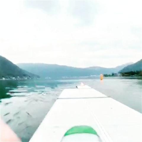 .....unser Steg verlässt den heimischen Hafen um anlässlich der Regatta vom 16. /17.Oktober 2021 in #melano möglichst vielen Athleten zur Verfügung zu stehen..... #regatta #lakelugano #lakeluganorowing #melano #ticinotourismo #ferieninderschweiz