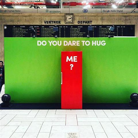 Who dares to hug our fridge? #butikagency collab with @famousgrey