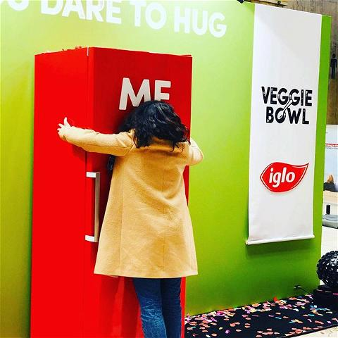 A hug for an Iglo meal #butikagency