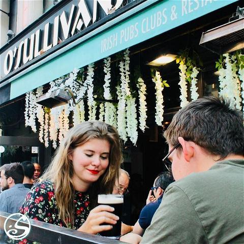 ⚠️ ANNONCE ⚠️ ⠀ - - ⠀ Les amis, nous avons le regret de vous annoncer que le O'Sullivans Pub Restaurant  sur les Grands Boulevards ferme ses portes pour une durée de minimum deux semaines, dès ce MARDI 6 OCTOBRE, en raison de la lutte contre la propagation du COVID-19. N'hésitez pas à suivre nos réseaux sociaux pour vous tenir informé de l'évolution de la situation ! Promis, on se retrouve bientôt au O'Sullivans Grands Boulevards au tour d'un Guinness ! 🍻⠀ ⠀ La bise 😘 (on peut si c'est virtuel !), ⠀ ⠀ toute l'équipe du O'Sullivan Pub Restaurant.⠀ - - ⠀ #osgb #osullivans #Paris #grandsboulevards #irishpub #guinness #bar #terrasse @by_lennna