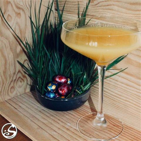 HAPPY EASTER! 🐇 - -  After finding all eggs 🥚 reward yourself with a simple Easter cocktail! 🍸 Try it at brunch, or with an afternoon snack, or for apéro! The Lillet Spritz is a new twist 🔀 over the classic mimosas! 🥂 - -  🍸 Cocktail Recipe:  In a champagne glass fill 1/3 with #lilletblanc and 1/3 with sparkling wine or champagne, 🍾 top off the rest of the glass with orange juice! 🍊 - -  🍹 Virgin Recipe:  Replace alcohol ingredients with lemonade, and sprite.  - -  #osgb #osullivans #easter #pâques #EasterSunday #sunday #sundayfunday #dimanche #brunch #cocktail #lillet #irish #irishbar #irishpub  - -  L'abus d'alcool est dangereux pour la santé, consommez avec modération